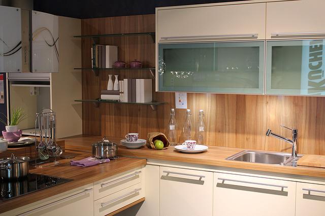 nanoprotection comment nettoyer son plan de travail. Black Bedroom Furniture Sets. Home Design Ideas